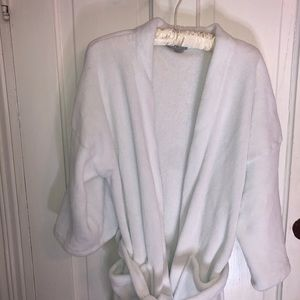Ulta White Fuzzy Beauty Robe!